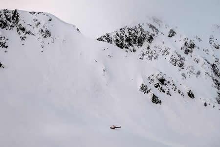 Cuatro heridos leves por varias avalanchas en el suroeste de Suiza