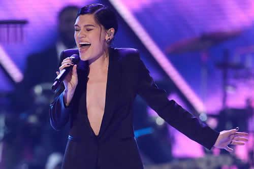 La británica Jessie J gana el talent show más popular de la televisión china
