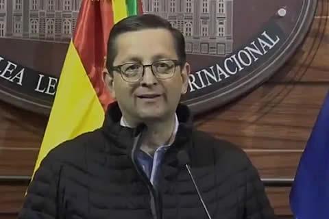 Ortiz sobre Mesa: vender candidatura y malgastar gastos reservados no es alguien que merece el pueblo boliviano