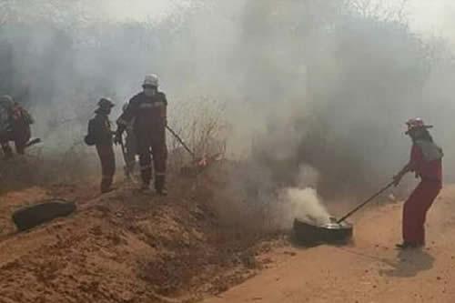 15 países del mundo están en la cruzada técnica de apagar el incendio en la Chiquitania