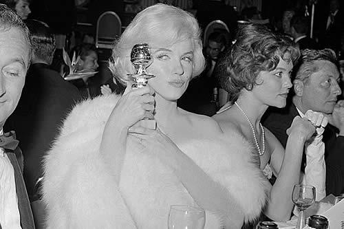 Subasta récord por un Globo de Oro: Pagan 250.000 dólares por el de Marilyn Monroe