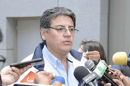 Gobierno no descarta llamar a elecciones vía decreto ante la falta de acuerdos con el MAS
