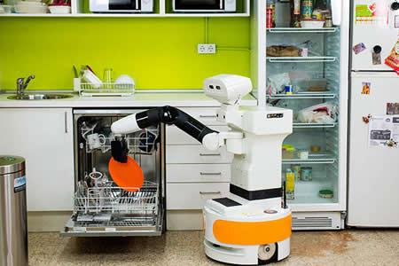 Ensayan robots semihumanoides que ayudan a las personas mayores en sus casas