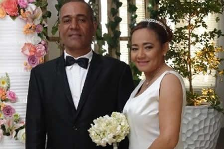 """Policía dominicana halla en Facebook al """"amor"""" de su vida tras casi 29 años"""