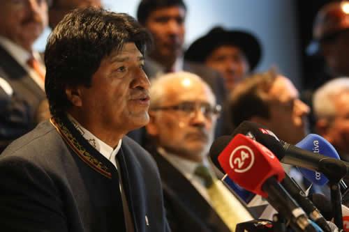 Morales pide crear condiciones propicias para restablecimiento de relaciones con Chile