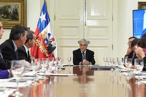 Piñera reitera que Chile no está obligado a negociar fronteras con Bolivia