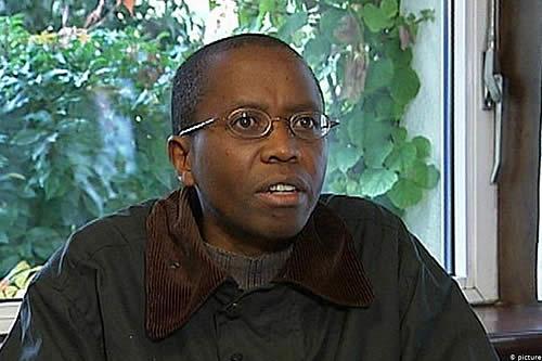 Demanda por la muerte de un líder ruandés en cárcel alemana