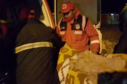Rescatan con vida a menor de 14 años perdido hace 9 días en mina Huanuni