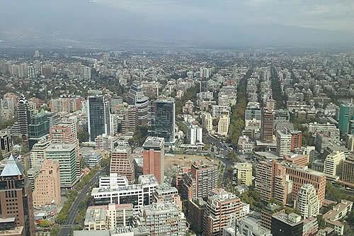 Decretan toque de queda en Santiago de Chile