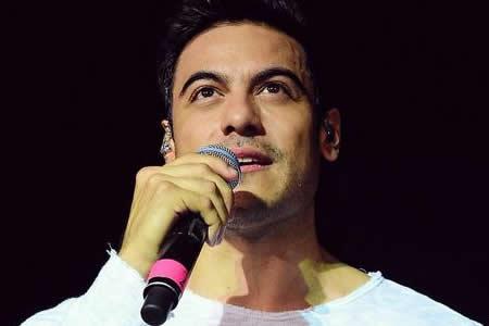 """Cantante mexicano Carlos Rivera afirma que la música """"da sentido"""" a su vida"""