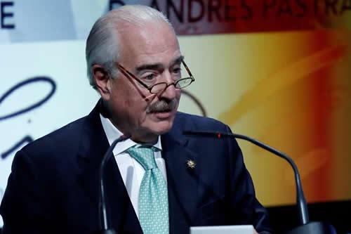 """Expresidente colombiano Pastrana: """"Santos deja un legado de coca y violencia"""""""