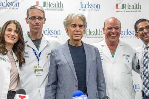 El Puma anuncia disco, gira y serie en reaparición tras trasplante de pulmón