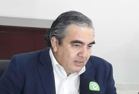 Exministro dice que opositores especulan sobre posición de Almagro respecto a postulación de Morales
