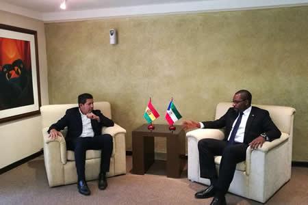 Bolivia y Guinea Ecuatorial afinan acuerdo de cooperación gasífera