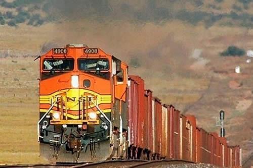 Gobierno ratifica que tren bioceánico pasará por Oruro