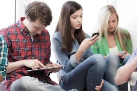 """La ciencia pone el foco en la nueva generación de adolescentes """"digitales"""""""