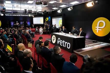 Maduro ordena que PDVSA haga parte de sus compraventas con criptomonedas
