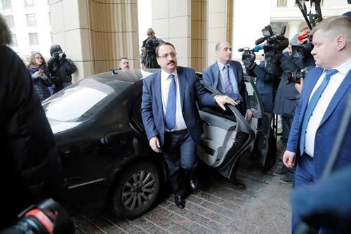 Moscú insinúa que Londres envenenó a Skripal en tensa reunión con embajadores