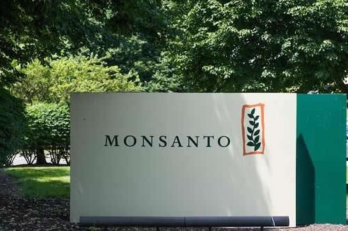 Bruselas aprueba la compra de Monsanto por Bayer con condiciones