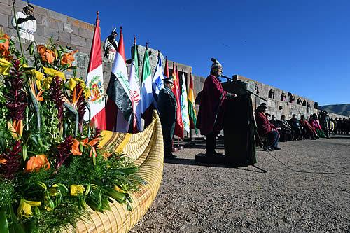 Autoridades y población reciben el año 5526 con ofrendas y rituales ancestrales en diferentes sitios en el país