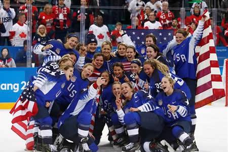 El equipo femenino estadounidense recupera el oro olímpico después de 20 años