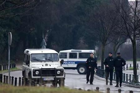 Un antiguo soldado, crítico con OTAN, atacó la embajada de EEUU en Montenegro