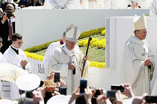 """El papa, """"preocupado"""" por situación en Nicaragua, pide fin de violencia"""