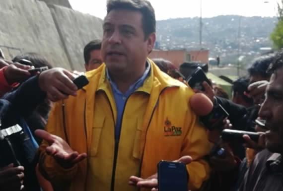 Fiscalía cita a Revilla a declarar como sindicado por relleno sanitario de Alpacoma