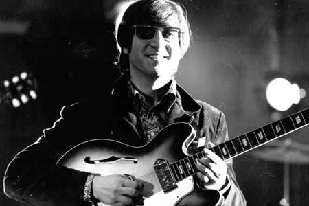 El video de John Lennon tocando cumbia que causa furor en Argentina