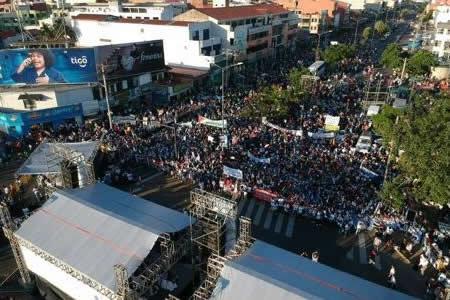 Rada: Sorprende las concentraciones de masas que apoyan repostulación de Morales