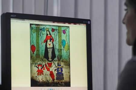 Una virgen en tanga desata voces en contra y a favor en Bolivia