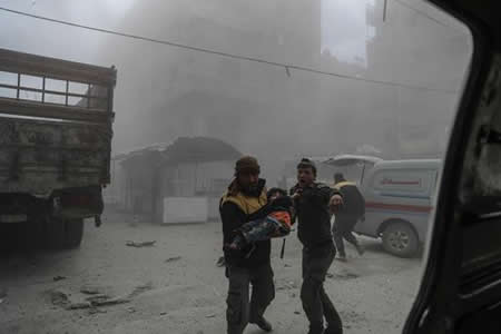 32 muertos en ataques en Guta Oriental y la oposición pide fin de bombardeos