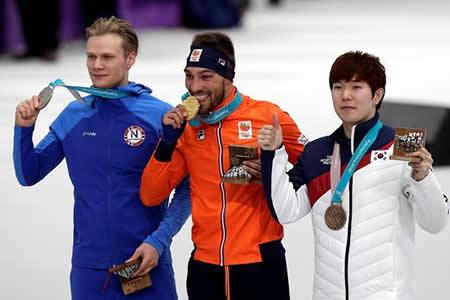 El holandés Kjeld Nuis consigue su segundo oro