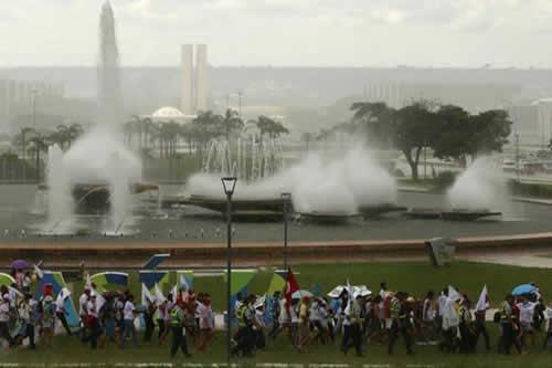 Foro Mundial del Agua concluye debates entre protestas contra privatización