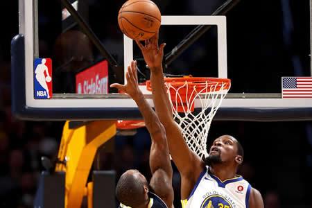 Westbrook, mejor anotación, venganza y triunfo de Thunder ante Warrior