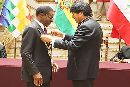 Evo Morales distingue con el Cóndor de Los Andes a Teodoro Obiang