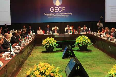 Bolivia llama a optimizar precios de gas en cita de países exportadores