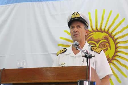 Buque de Brasil y avión de Rusia se suman a búsqueda de submarino argentino