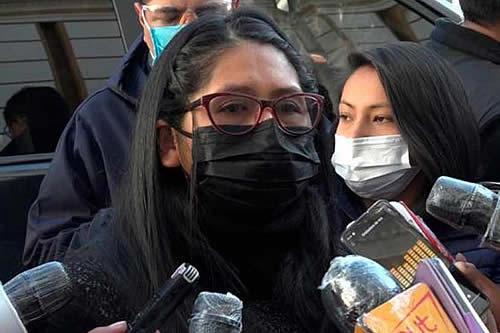 """Copa a Murillo: """"Si me va a llevar presa por cumplir la Constitución, lo voy a esperar acá"""""""