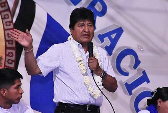 Morales se abre a la ayuda internacional por los incendios