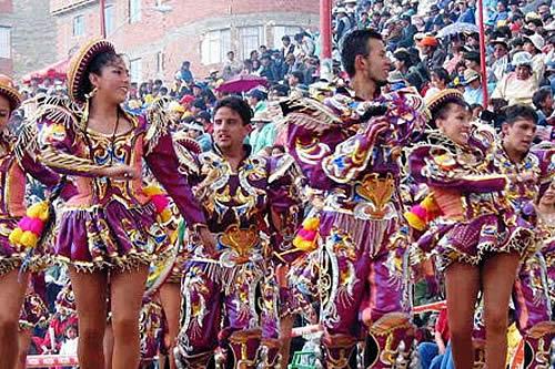 Resultado de imagen para caporales son de bolivia