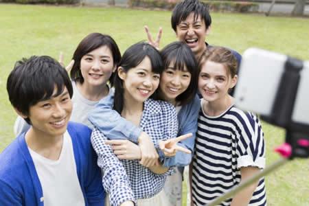 El negocio en auge de alquilar amigos, pareja o familiares en Japón