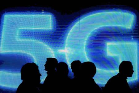 Telefónica: los primeros móviles 5G serán entre 200 y 300 dólares más caros
