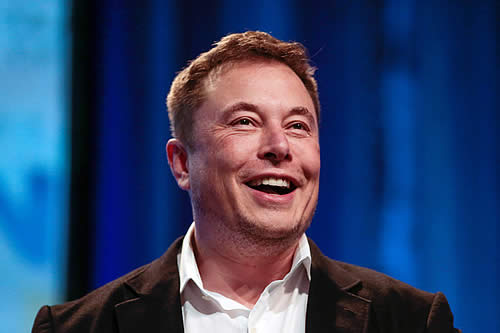 Elon Musk quería emular a 'PewDiePie', pero es troleado por los internautas