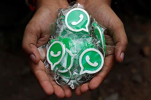 Un buen deseo para todos: ¿Cómo enviar un mensaje de Año Nuevo a más de 250 personas en WhatsApp?