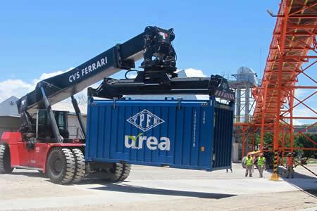 Bolivia puede crecer más de 5% con inversiones y exportaciones, entre ellas de urea