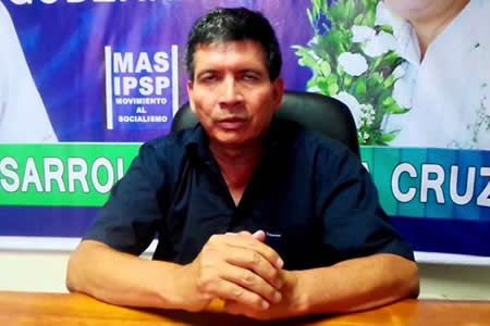 Dirigente Borda pide a los oficialistas ir 'patota' al TCP