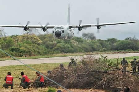 Conmemoran 94 aniversario de creación de la Fuerza Aérea Boliviana