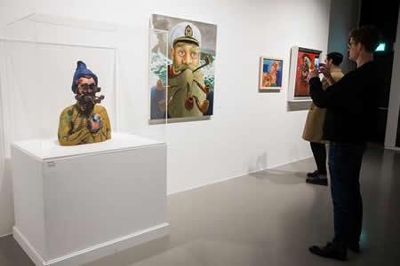 Magritte y los artistas conceptuales, una relación al descubierto en Bruselas