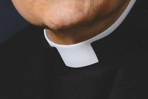 Jesuitas dicen que cura condenado en España no trabajó con menores en Bolivia